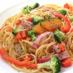 ポプラ女子力アップレシピ_野菜たっぷり!色いろいろ野菜の和風ジューシーパスタ