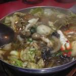 台湾名物料理青葉_絶品スープ!医食同源の考えが詰まった薬膳鍋「沙茶火鍋」