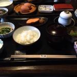 草庵秋桜_格別に由布院の美味しい宿!地元野菜、地鶏玉子などの和朝食を堪能