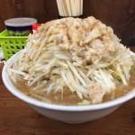 ラーメン二郎品川店|メガ盛り!!ボリュームに圧倒されながらもラーメン完食